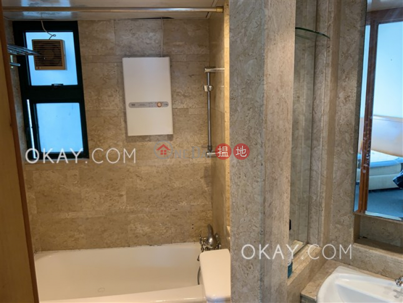 Stylish 1 bedroom in Western District | For Sale | Manhattan Heights 高逸華軒 Sales Listings