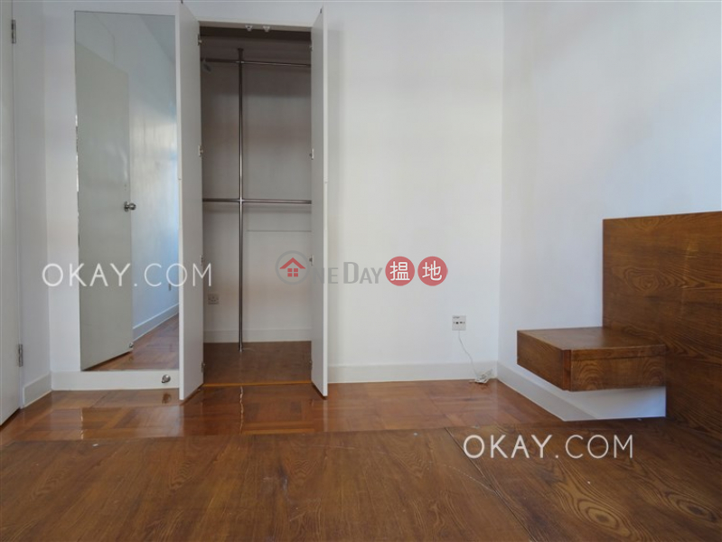 Practical 2 bedroom with parking | Rental | Oi Kwan Court 愛群閣 Rental Listings