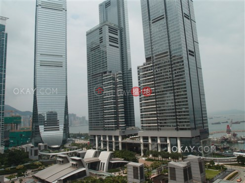 HK$ 36,000/ month, Sorrento Phase 1 Block 6 Yau Tsim Mong Luxurious 3 bedroom with sea views | Rental
