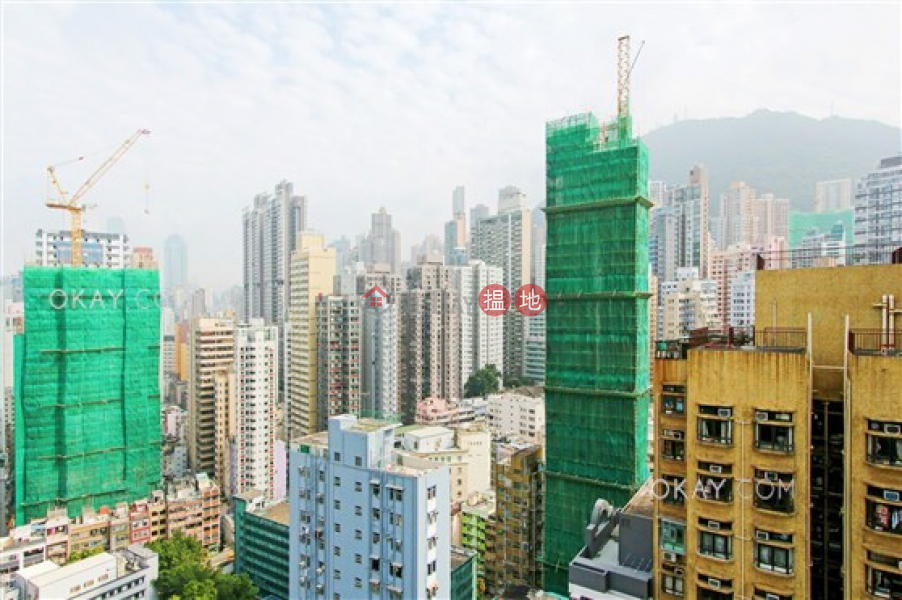 HK$ 11M, Bohemian House Western District Nicely kept 1 bedroom on high floor with balcony | For Sale