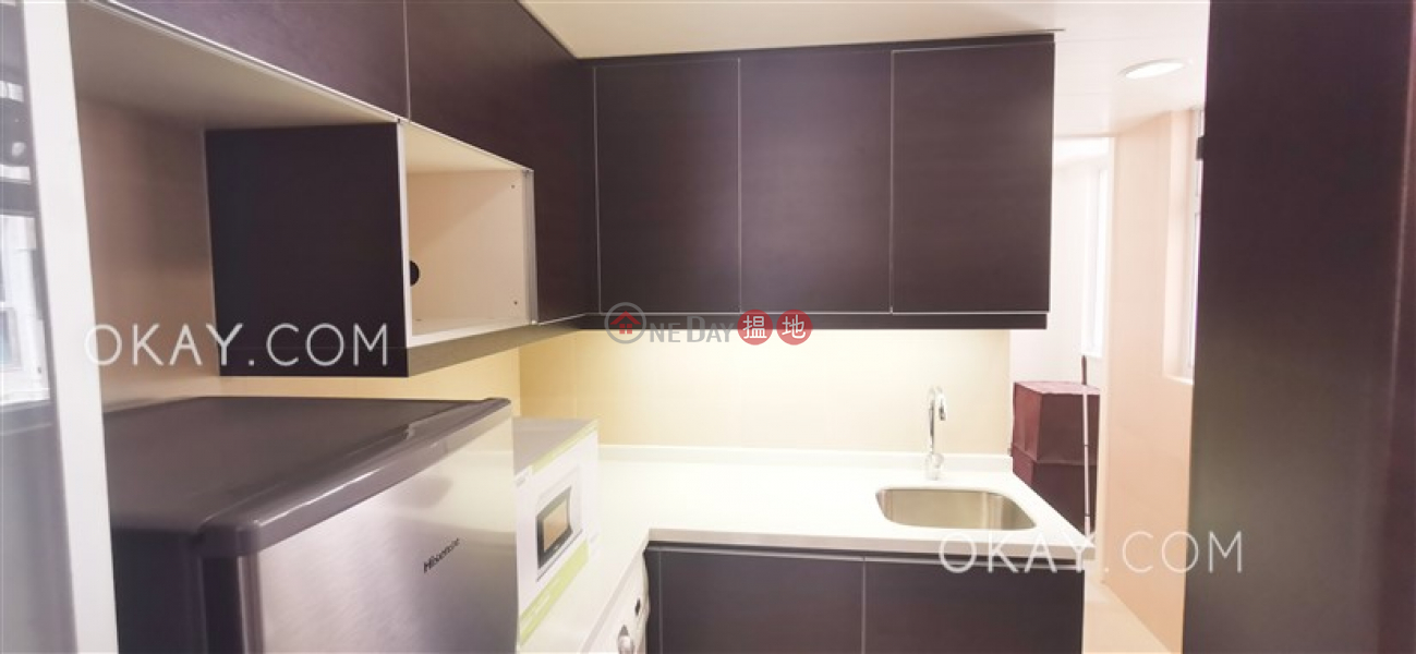 HK$ 25,000/ month, Braemar Terrace | Eastern District, Unique 1 bedroom with balcony | Rental