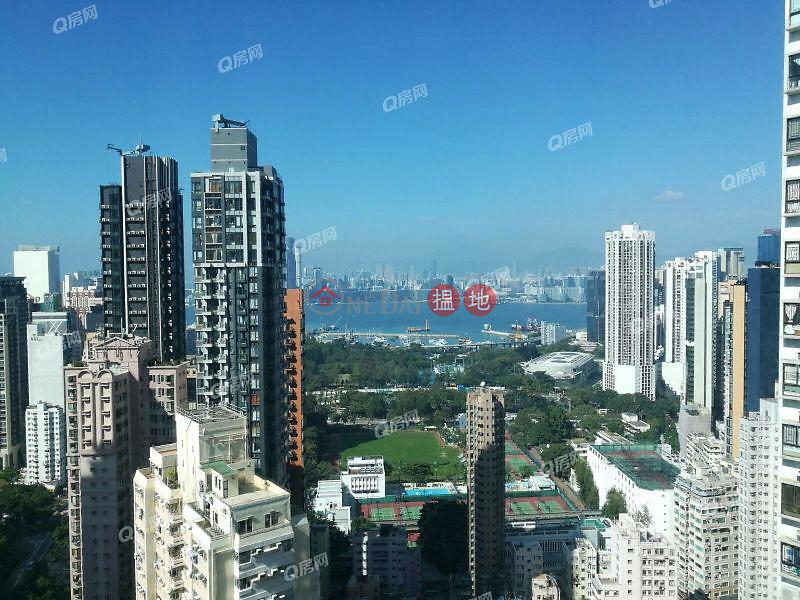 Property Search Hong Kong | OneDay | Residential | Rental Listings, Y.I | 3 bedroom High Floor Flat for Rent