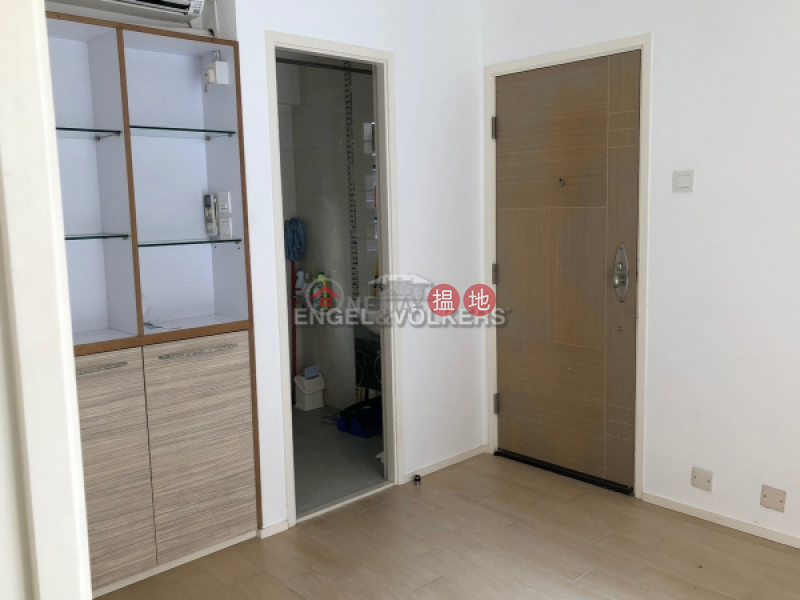 1 Bed Flat for Rent in Wan Chai, Kin On Building 堅安大廈 Rental Listings | Wan Chai District (EVHK39213)