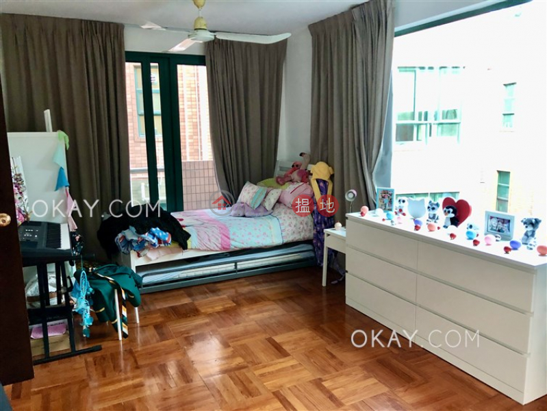 HK$ 48,000/ month 48 Sheung Sze Wan Village | Sai Kung | Tasteful house with sea views, balcony | Rental
