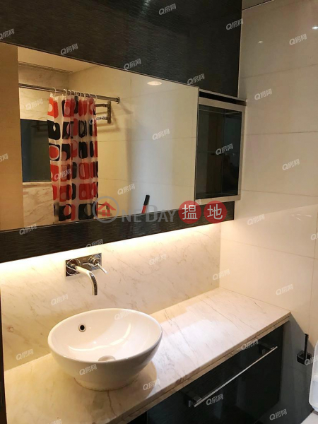 HK$ 9M | Yoho Town Phase 2 Yoho Midtown Yuen Long Yoho Town Phase 2 Yoho Midtown | 2 bedroom Mid Floor Flat for Sale