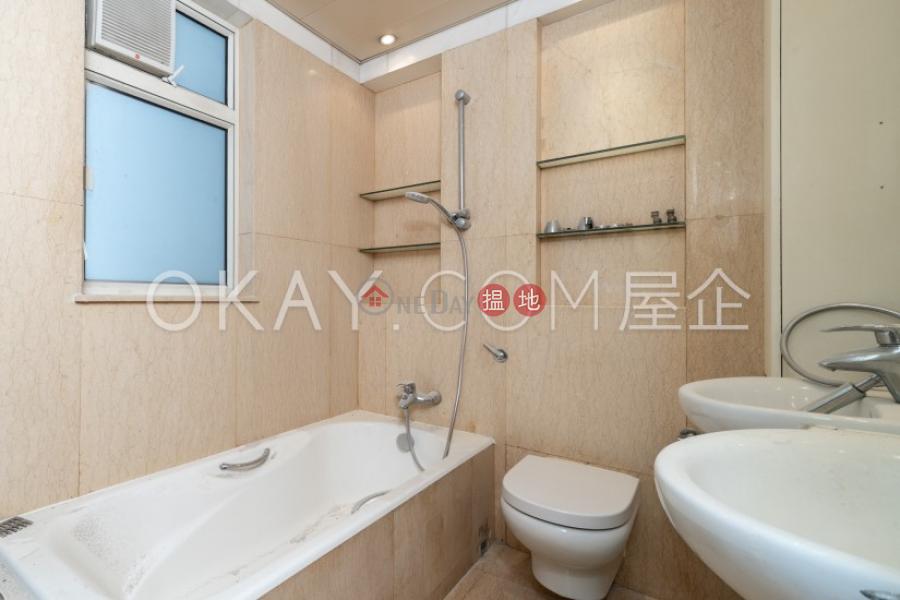 3房2廁,連車位聖佐治大廈出租單位 聖佐治大廈(St. George Apartments)出租樓盤 (OKAY-R70409)
