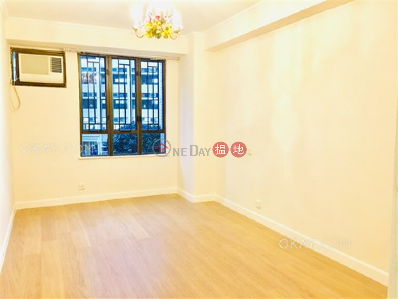 HK$ 73,000/ month | Block B Wilshire Towers Eastern District, Gorgeous 4 bedroom with balcony & parking | Rental