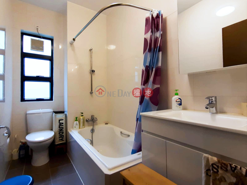 Block 41-44 Baguio Villa | Middle Residential Rental Listings HK$ 78,000/ month