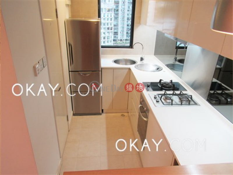HK$ 8.38M Bellevue Place Central District | Generous 2 bedroom on high floor | For Sale