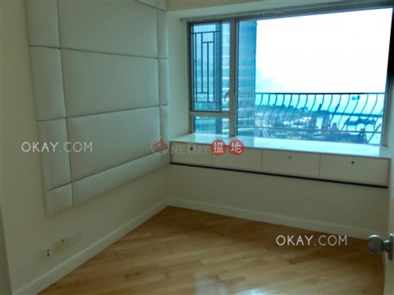 HK$ 32M, Sorrento Phase 2 Block 2 Yau Tsim Mong, Gorgeous 3 bedroom in Kowloon Station | For Sale