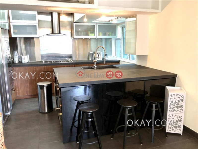 Stylish 2 bed on high floor with sea views & balcony | For Sale | 3 Discovery Bay Road | Lantau Island Hong Kong, Sales, HK$ 10.4M
