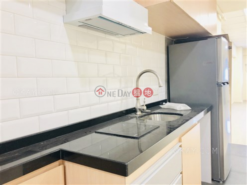 Rare 1 bedroom in Sai Ying Pun | For Sale | On Shun Mansion 安順大廈 Sales Listings