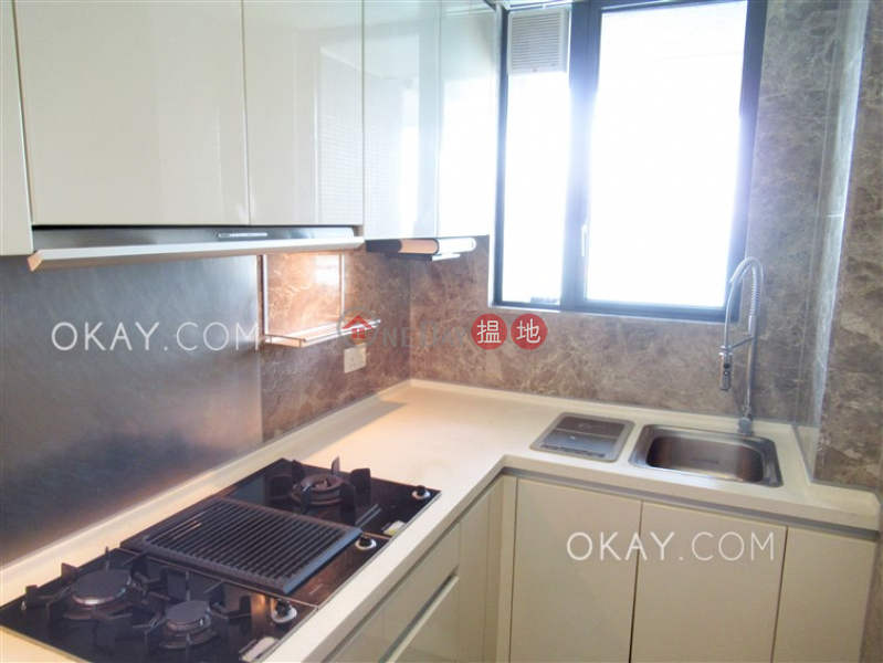 Nicely kept 2 bed on high floor with balcony & parking | For Sale | Phase 6 Residence Bel-Air 貝沙灣6期 Sales Listings