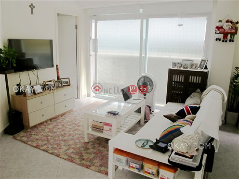 Nicely kept 1 bedroom with terrace | For Sale | Fortune Court 福來閣 Sales Listings