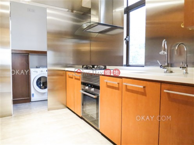 HK$ 46,000/ month San Francisco Towers | Wan Chai District, Stylish 2 bedroom with balcony & parking | Rental