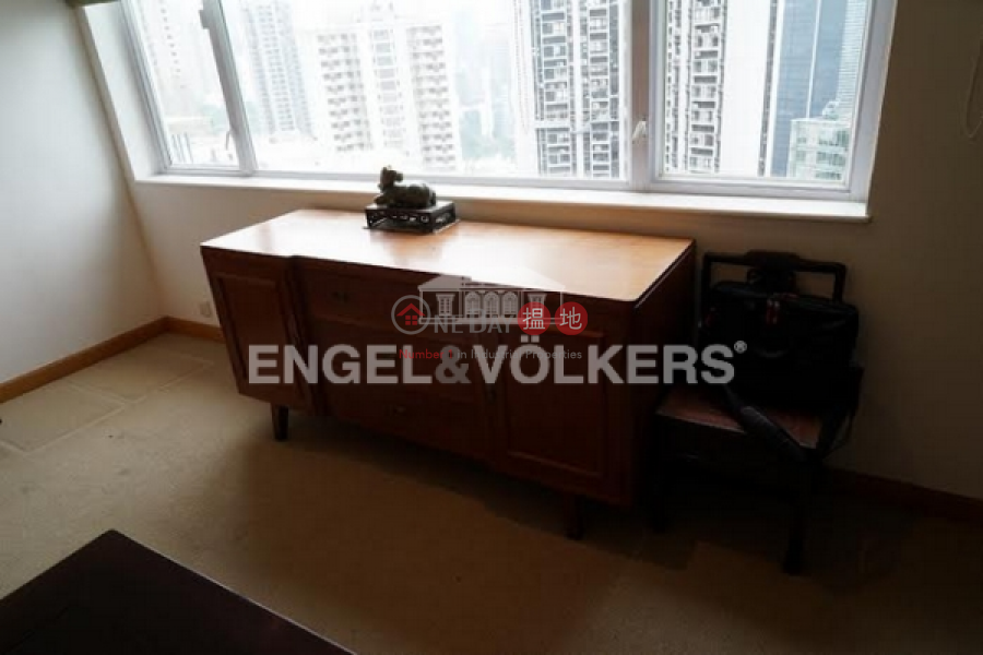 HK$ 74M, Bowen Mansion | Central District | 4 Bedroom Luxury Flat for Sale in Central Mid Levels