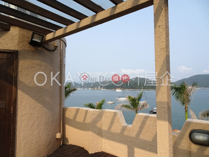 Stylish house with sea views, rooftop & terrace   For Sale   Nam Wai Village 南圍村 Sales Listings