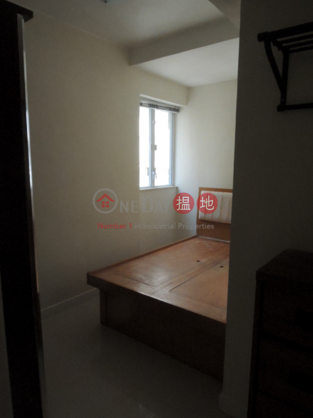 HK$ 26,000/ month 1-3 Sing Woo Road, Wan Chai District | 2 bedrooms with balcony