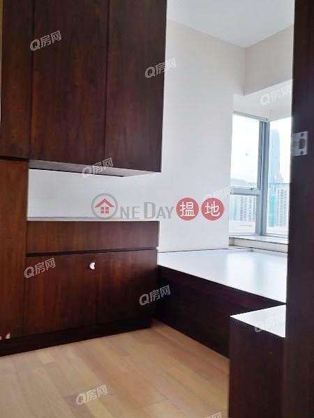 Property Search Hong Kong | OneDay | Residential | Rental Listings | Tower 1 Grand Promenade | 2 bedroom Low Floor Flat for Rent