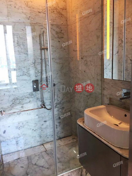 HK$ 13M, The Gloucester Wan Chai District | The Gloucester | 1 bedroom Mid Floor Flat for Sale
