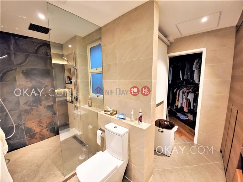 HK$ 17.8M | Discovery Bay, Phase 13 Chianti, The Hemex (Block3) | Lantau Island Lovely 4 bedroom on high floor with sea views & balcony | For Sale