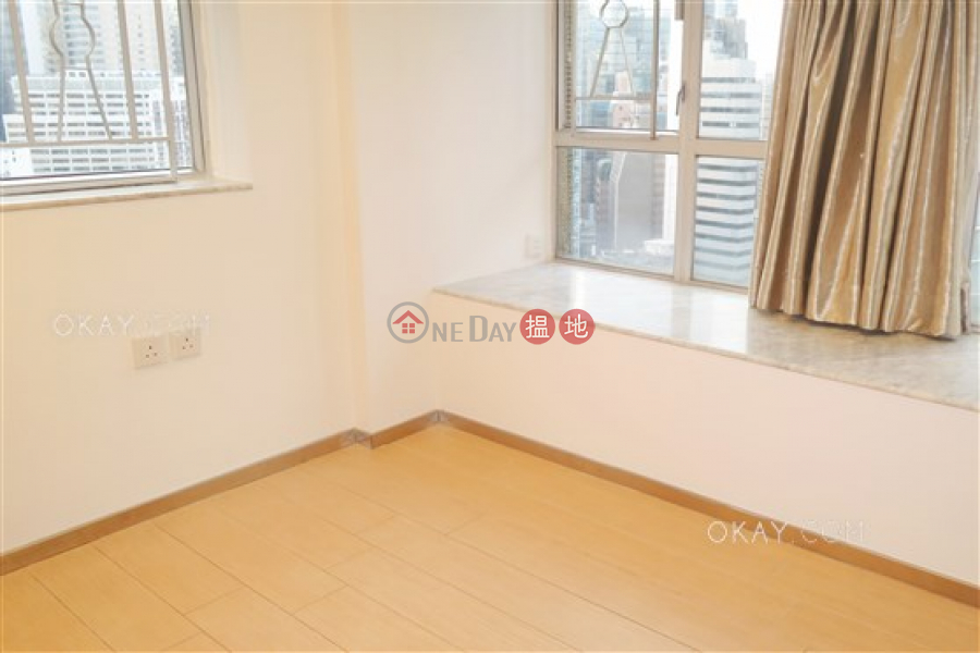 HK$ 35,000/ month Jade Terrace Wan Chai District, Gorgeous 2 bedroom on high floor | Rental