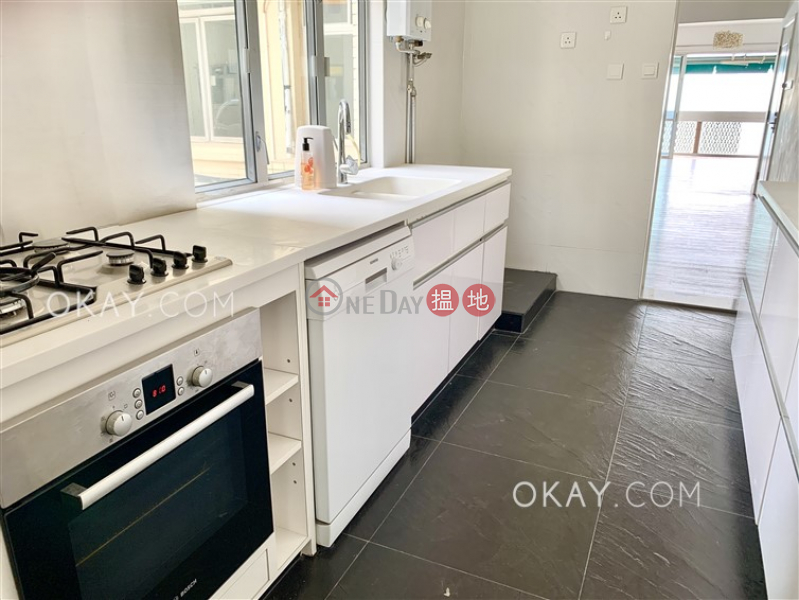 Efficient 4 bed on high floor with sea views & balcony | Rental, 2-28 Scenic Villa Drive | Western District Hong Kong | Rental | HK$ 88,000/ month