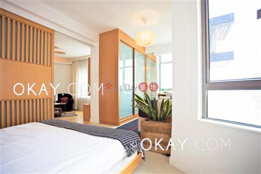 Tasteful 1 bedroom on high floor | For Sale 123 Hollywood Road | Central District, Hong Kong Sales | HK$ 13.8M
