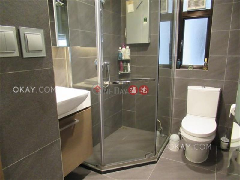 Generous 1 bedroom on high floor   For Sale   Hongway Garden Block B 康威花園B座 Sales Listings