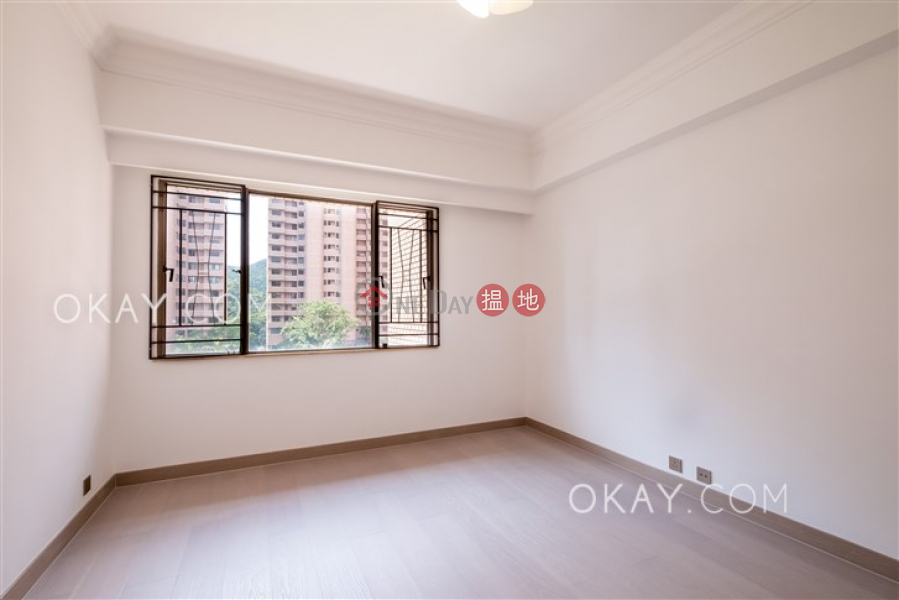 Unique 4 bedroom with balcony & parking | Rental | Parkview Corner Hong Kong Parkview 陽明山莊 眺景園 Rental Listings