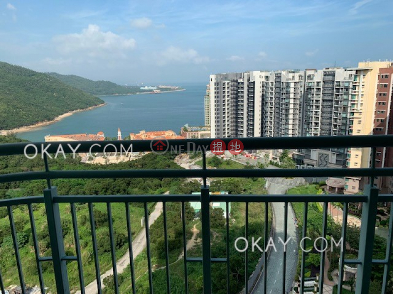 Stylish 4 bedroom with balcony | Rental, Discovery Bay, Phase 13 Chianti, The Pavilion (Block 1) 愉景灣 13期 尚堤 碧蘆(1座) Rental Listings | Lantau Island (OKAY-R293725)