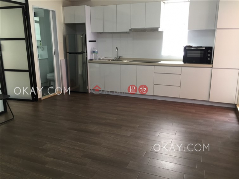 HK$ 10M Fully Building, Wan Chai District, Lovely 1 bedroom with terrace | For Sale