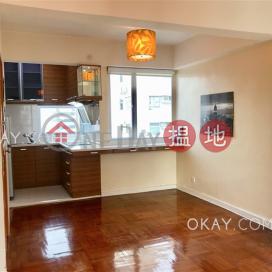 Intimate studio on high floor with terrace   Rental