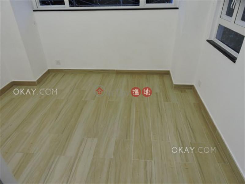 Nicely kept 3 bedroom with terrace & balcony   Rental   Fair Wind Manor 輝永大廈 Rental Listings