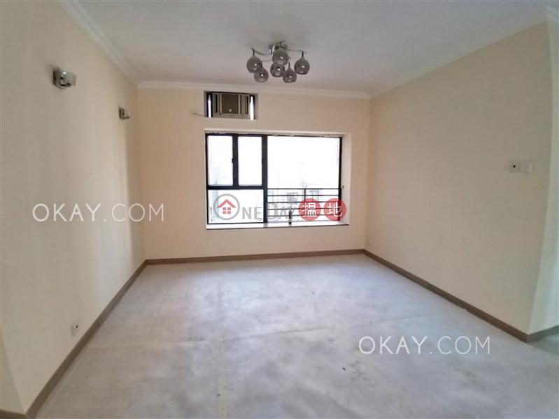HK$ 2,800萬-殷榮閣-西區-3房2廁,可養寵物,連車位《殷榮閣出售單位》