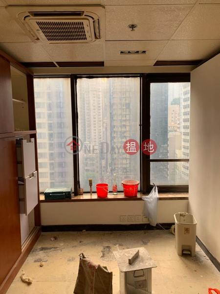 HK$ 23,000/ month, Anton Building, Wan Chai District TEL: 98755238