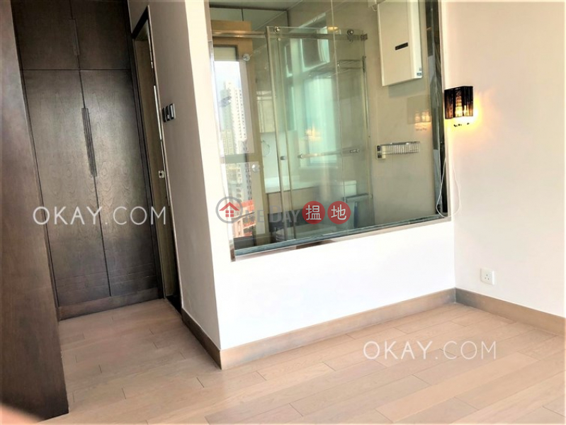 HK$ 40,000/ month, Fair Wind Manor Western District Stylish 3 bedroom in Mid-levels West | Rental