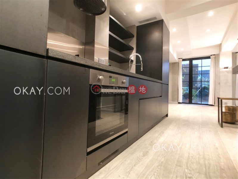 HK$ 37M, 42 Robinson Road | Western District Gorgeous 1 bedroom with terrace | For Sale