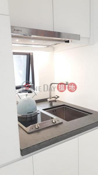 Flat for Rent in Yen May Building, Wan Chai | 11-21 Swatow Street | Wan Chai District | Hong Kong | Rental, HK$ 12,500/ month