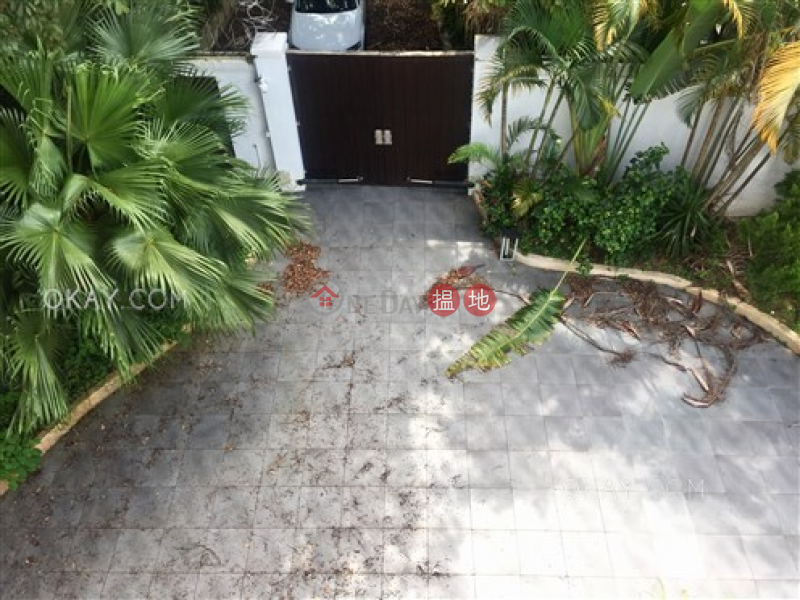 Exquisite house with balcony & parking | Rental | Leung Fai Tin Village 兩塊田村 Rental Listings
