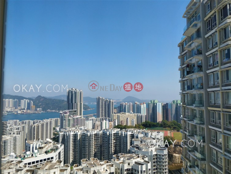 Unique 2 bedroom on high floor with balcony | Rental | The Orchards Block 1 逸樺園1座 Rental Listings