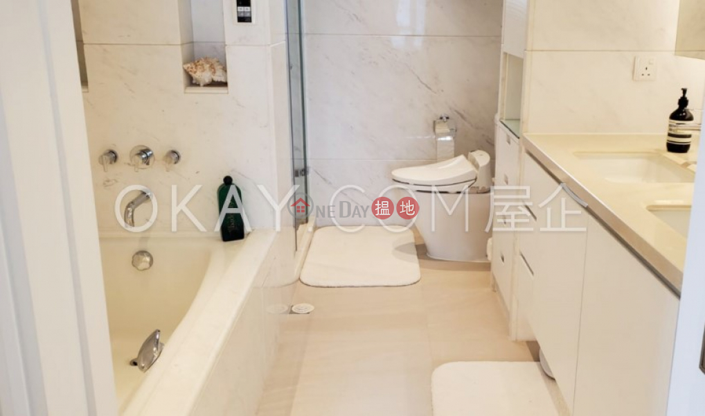 HK$ 60M | Regal Crest | Western District, Rare 3 bedroom on high floor with balcony & parking | For Sale