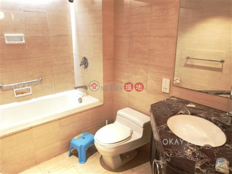 Elegant 1 bedroom on high floor | For Sale | Convention Plaza Apartments 會展中心會景閣 Sales Listings
