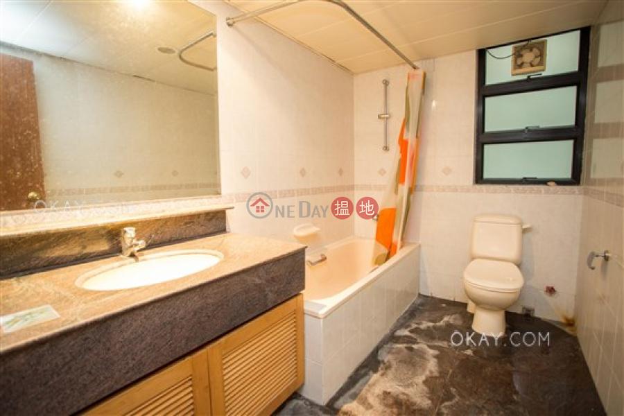 HK$ 43,000/ month Regent Palisades, Western District | Rare 3 bedroom with parking | Rental