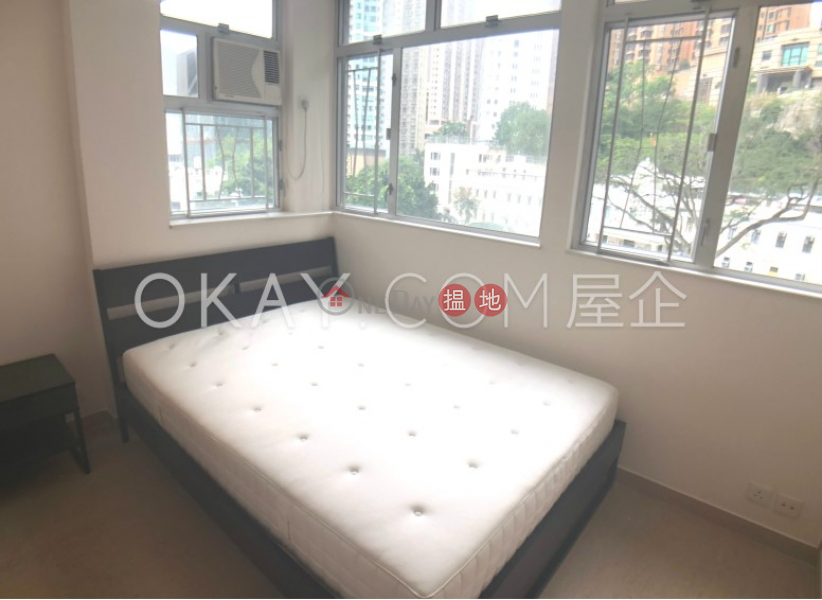 HK$ 26,000/ month Bright Star Mansion | Wan Chai District, Practical 2 bedroom in Causeway Bay | Rental