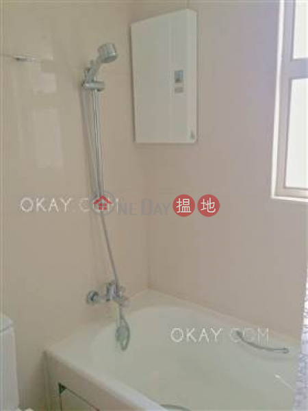 HK$ 29,000/ month | The Icon | Western District, Generous 2 bedroom on high floor | Rental