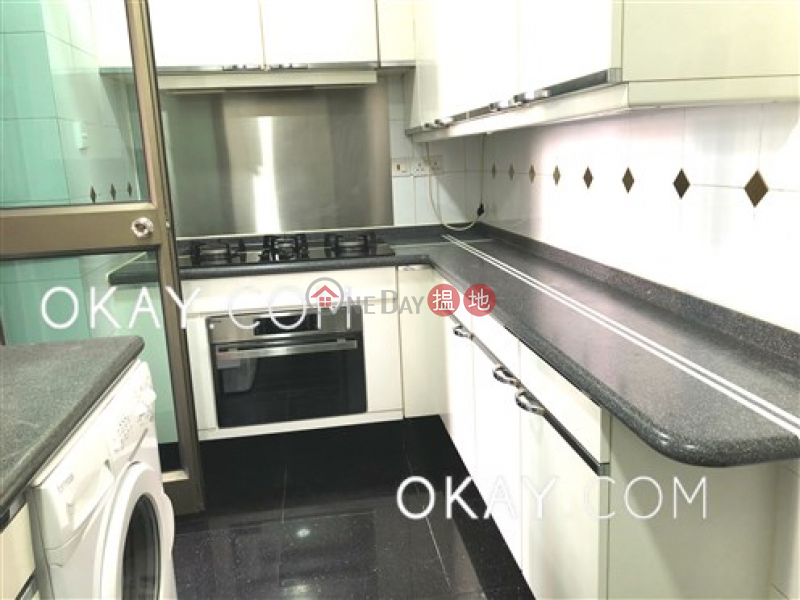 HK$ 45,000/ month | King\'s Park Villa Block 1 | Yau Tsim Mong | Popular 3 bedroom with parking | Rental