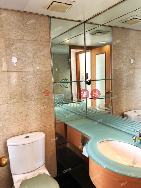 Property Search Hong Kong | OneDay | Residential | Rental Listings | Tower 2 Island Resort | 2 bedroom Mid Floor Flat for Rent