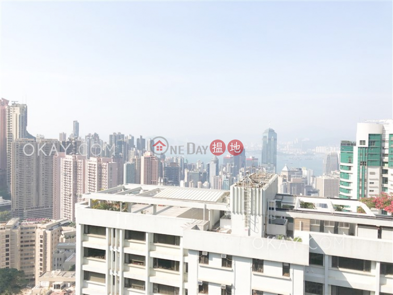 HK$ 100,000/ month Rose Gardens, Central District, Efficient 4 bed on high floor with balcony & parking | Rental