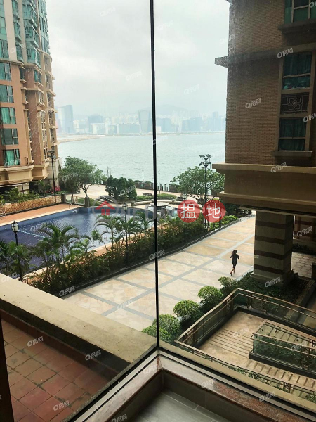 Property Search Hong Kong | OneDay | Residential Rental Listings | Laguna Verde Phase 5 (IVB) Block 23A | 3 bedroom Flat for Rent